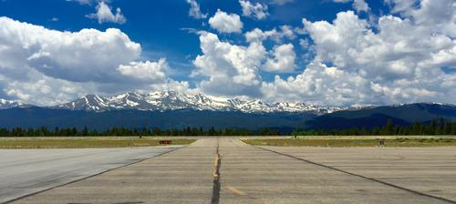 Flying to the highest runway. Leadville, CO